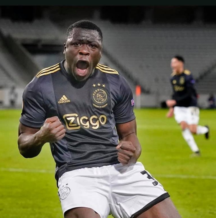 Europa League: Ghanaian Brian Brobbey off the bench to set up a goal for Ajax